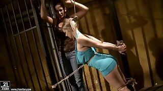 Cougar Mandy Bright tortures pretty blonde Nesty