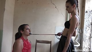 Skinny dropped mistress dominates a slave bigger than her